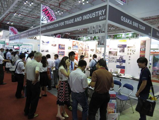 海外市場・工場・展示会視察の様子